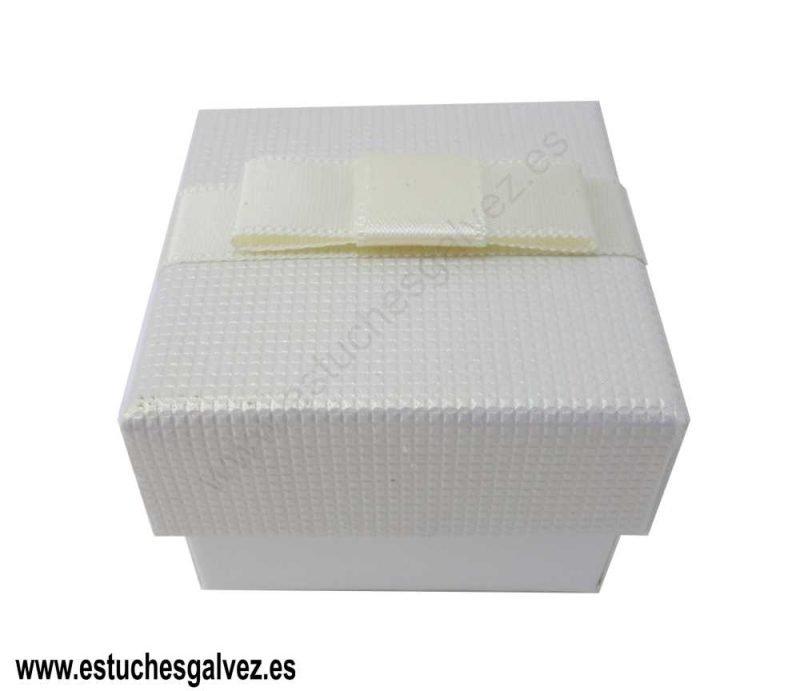 Caja-de-joyeria-con-bolsa