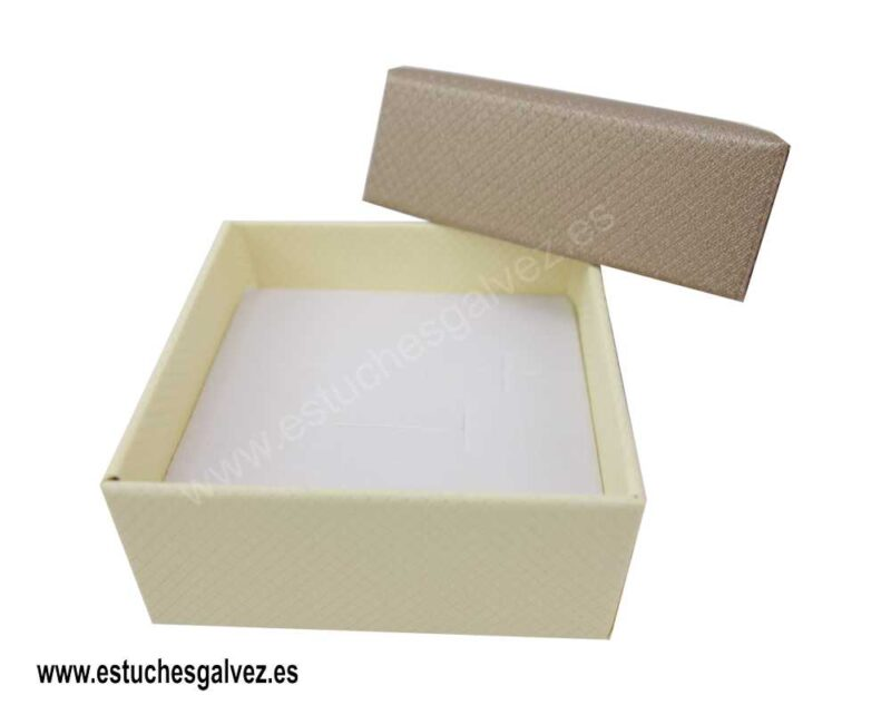 Caja-carton-oro